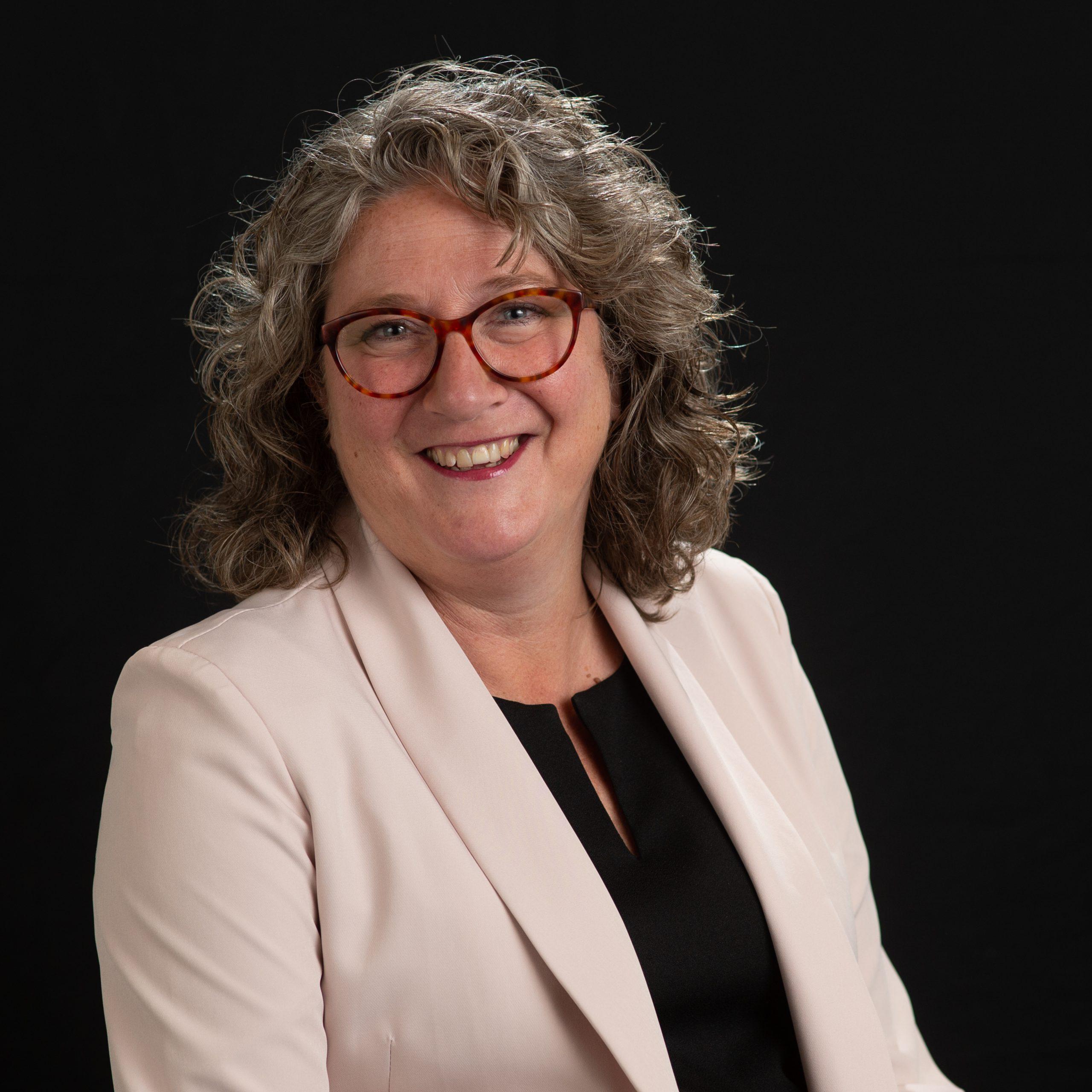 Sylvia Lisapaly - de Winkel