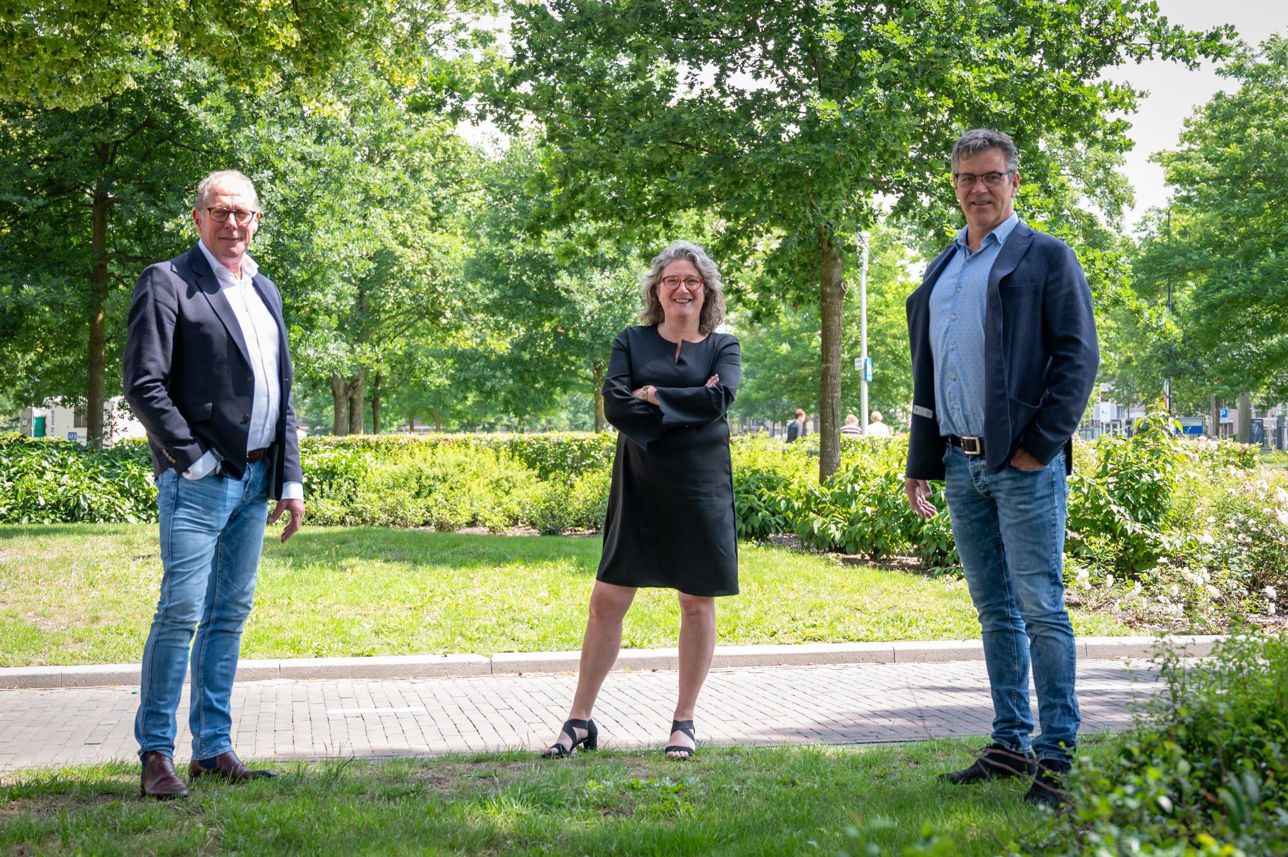 Hans Herbrink, Sylvia Lisapaly - de Winkel en Paul van der Veen